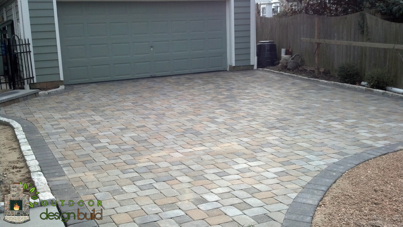 Driveway with Pavers