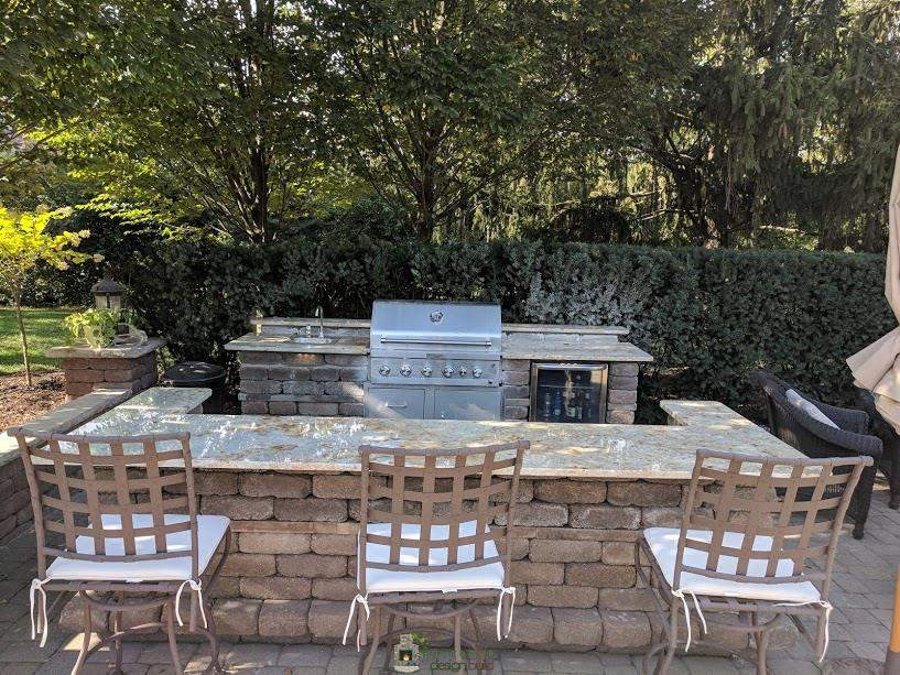 Outdoor Kitchen with Grill Station