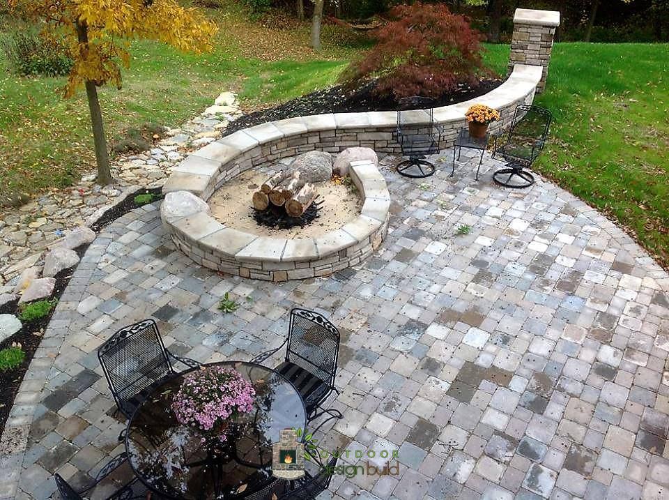 Fire Pit and Curved Seatwall
