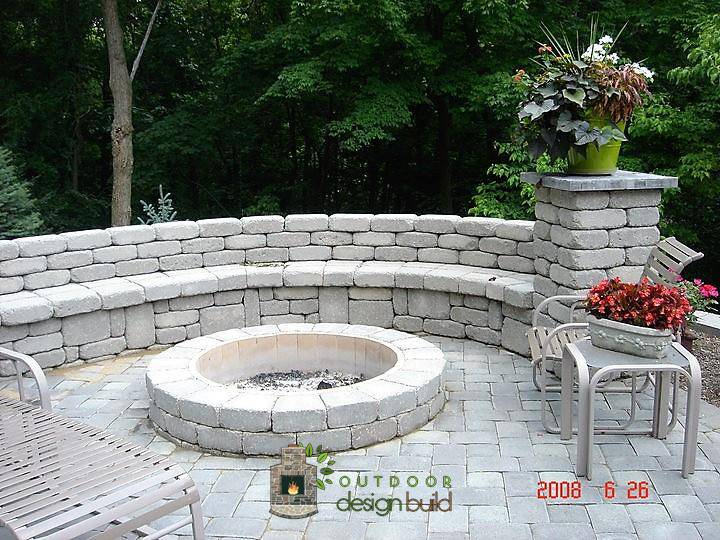 Seatwall with Fire Pit